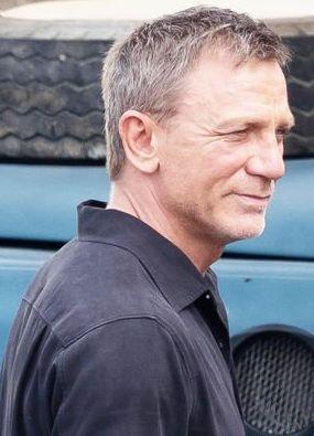 Daniel Craig sul set