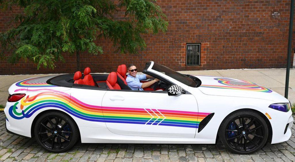 BMW serie 8 lato